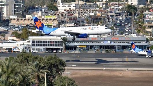 Аэрпорт Эйлат расположен в самом центре города