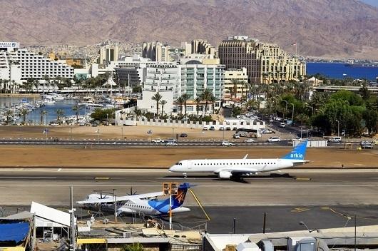 Аэропорт Эйлата находится в самом центре города