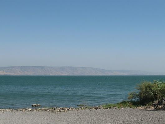 Озеро Кинерет (Табха, Церковь первенства Апостола Петра в Тахбе)