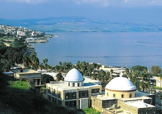 Гробница Рабби Меира - одно из наиболее посещаемых захоронений в Тверии